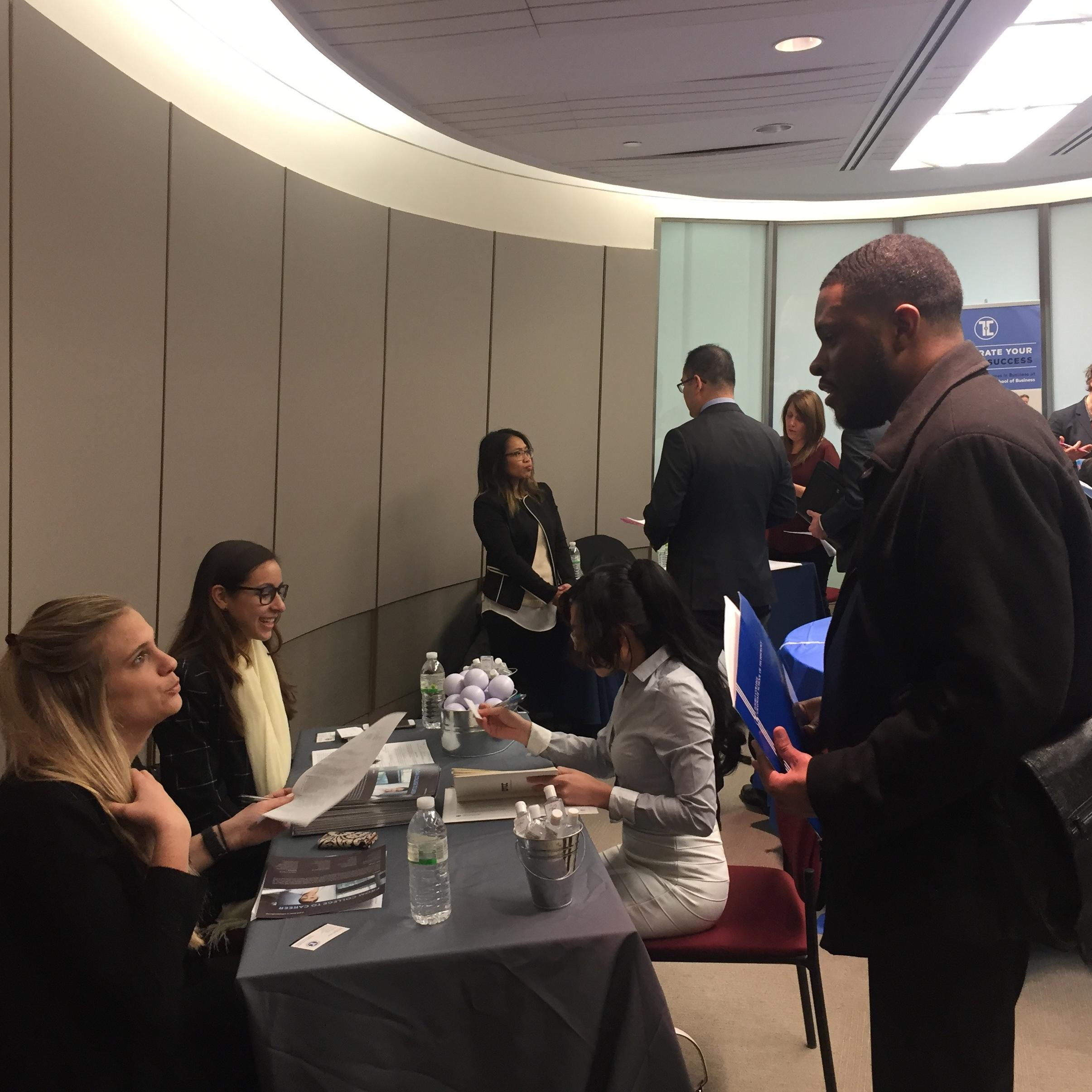 GSB students and alum met with a variety of high-profile employers at GSB's 2017 Career Fair.